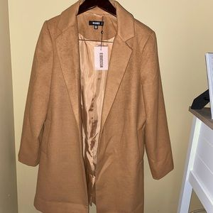 BRAND NEW MISSGUIDED CAMEL COLOR COAT